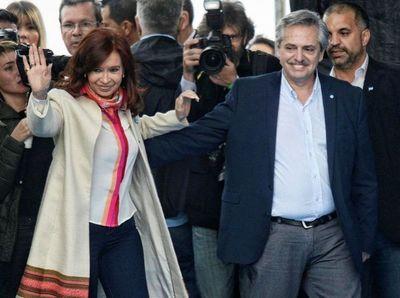 Argentina: Dupla Fernández-Fernández encabeza sondeos