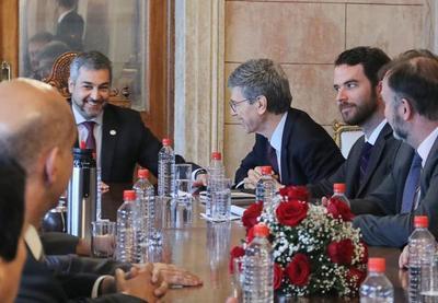 Jeffrey Sachs valora esfuerzo del Gobierno para mejorar la calidad de vida de las personas