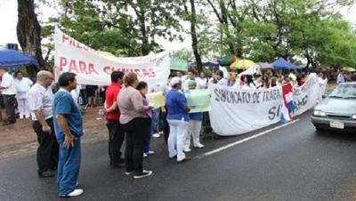 Médicos anuncian huelga en Hospital de Clínicas