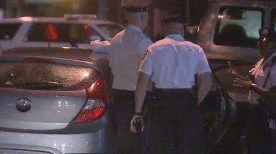 Ciudadanos matan a golpes a hombre por intentar robar un auto con niños