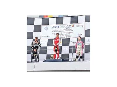 Duerksen, con podio en Austria