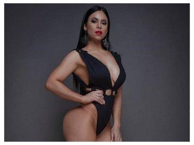 Ana Ríos, solterita y gozando de la vida
