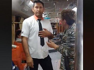 Sumarian a chofer tras denuncia por acoso a pasajeras