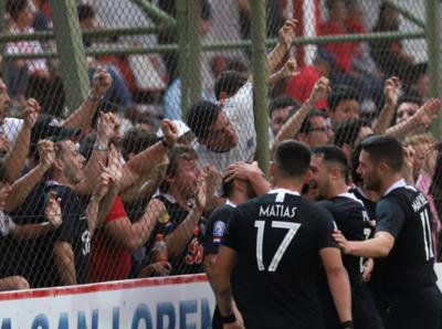 Libertad consigue los tres puntos ante San Lorenzo, agónicamente