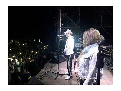 Pablo Lescano ya cantó en Yaguarón y sigue de gira