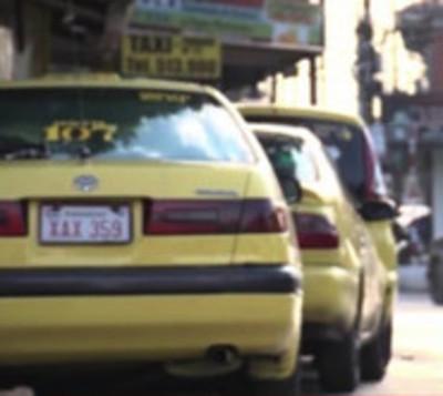 """Taxistas: """"Las paradas están a beneficio del ciudadano"""""""