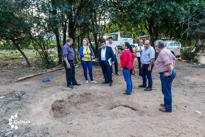 Secretaría de Cultura verifica hallazgos arqueológicos en Limpio
