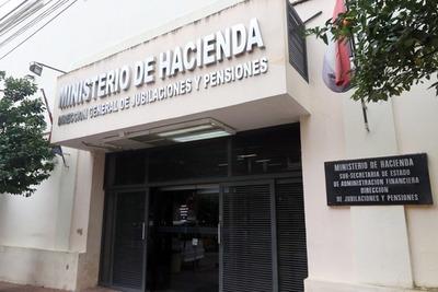 Hacienda establece proceso para solicitar jubilaciones en el sector de la enfermería