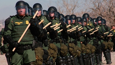 Comenzaron las redadas contra inmigrantes ilegales en nueve ciudades de EEUU
