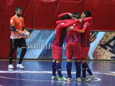 Cerro Porteño golea y se clasifica a los cuartos de final