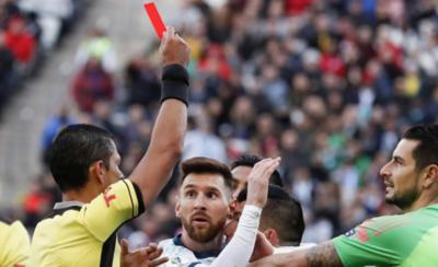 HOY / Piden anular la tarjeta roja a Lionel Messi