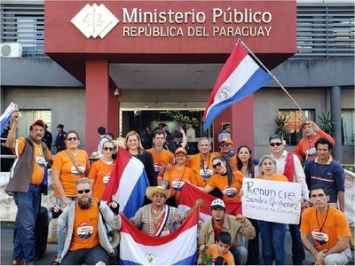 Manifestantes pedirán renuncia de fiscala general Sandra Quiñónez