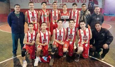 U15 juegan baloncesto en Coronel Oviedo