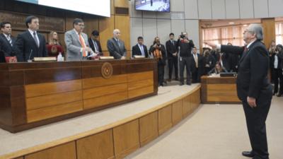 Senado toma juramento a Torres pero se niega a analizar sobre inseguridad del país