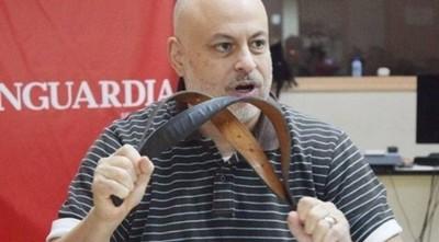 Armando Rivarola de ABC y otros fueron son señalados como «periodistas corruptos» por Payo Cubas