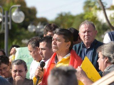 Taxistas levantan protesta tras acuerdo