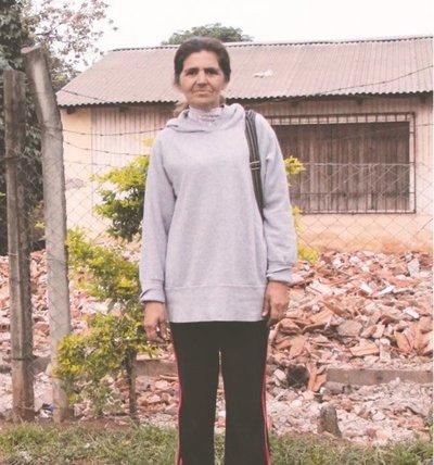 ¡Se quedó en la calle! Demolieron la casa de la hija de Quemil Yambay