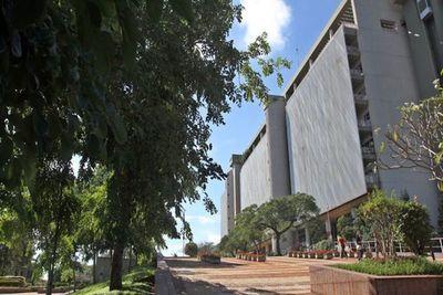 BCP obliga a publicar tarifas de emisoras