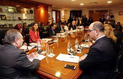 Plantearán revisión de acción contra publicidad de sesiones de la Corte, confirma Ramírez Candia
