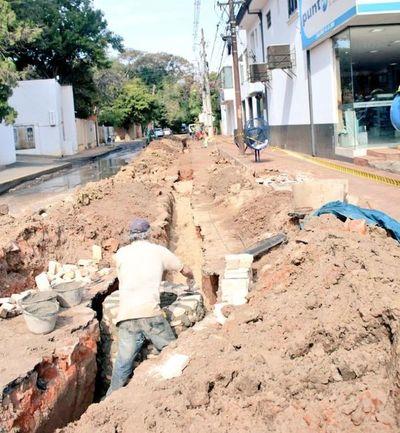 Se iniciaron obras en la red cloacal de la calle Cañada