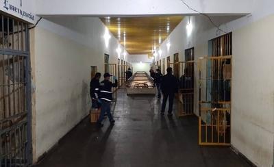 HOY / Requisa sorpresa en penal de Concepción: incautan armas blancas, celulares y documentos