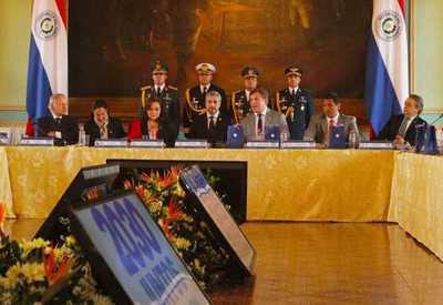 """En Asunción fortalecen candidatura que """"une a los sudamericanos"""" para el Mundial 2030"""