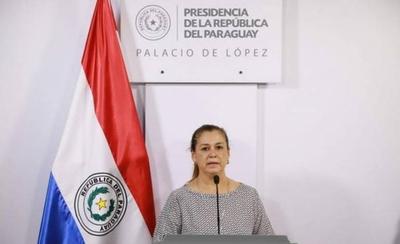 HOY / Teresa Rojas, nueva titular de Senabico, reemplaza a   la ministra Carolina Llanes