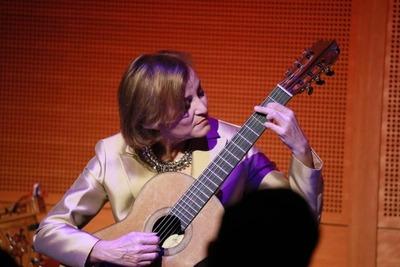 Premiarán con la Guitarra de Plata a Berta Rojas, en México