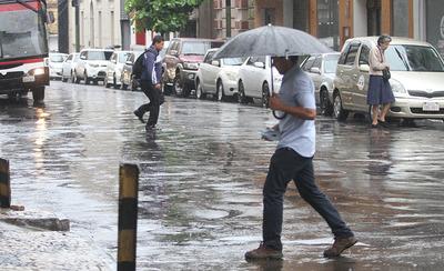 Pronostican lluvias y temperaturas agradables para hoy