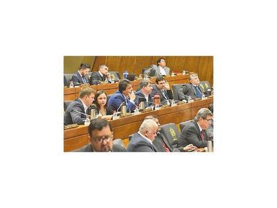 Integran comisiones para analizar pedidos de intervención