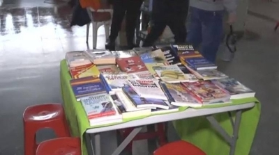 HOY / En la Terminal proponen leer libros mientras dure la espera