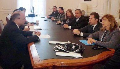 Paraguay reafirma lucha contra el terrorismo en conferencia de ministros en Buenos Aires