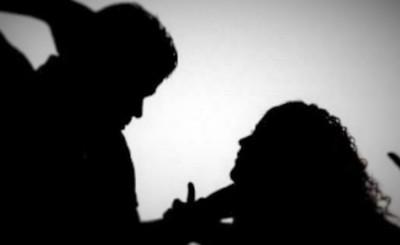 Detenido por amenazar a su concubina y manosear a su hija