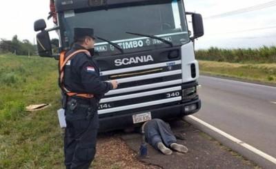 Gomero muere aplastado por camión