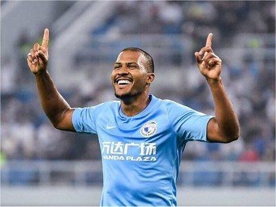 Rondón debuta con gol en el Dalian Yifang chino