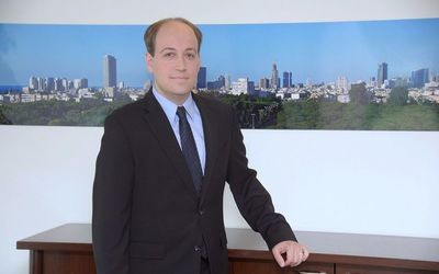 Prestigioso catedrático acompañó comitiva oficial israelí a Corea