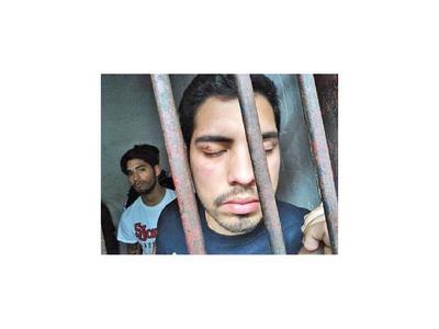 Comisario fue identificado como agresor de jóvenes en Lambaré