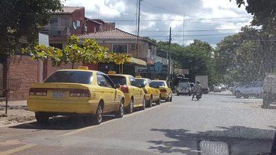 Taxistas de San Lorenzo se unirán a la protesta de este martes