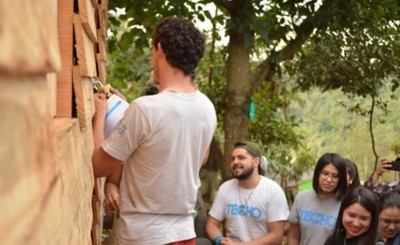 Techo entrega 10 nuevas viviendas en dos comunidades