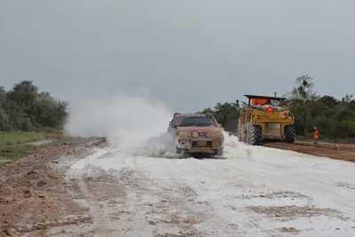 """Obras viales en el Chaco generarán """"desarrollo sin precedentes"""", destacó ministro Wiens"""