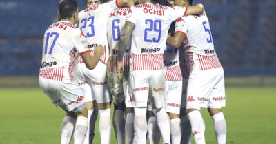 Insólito: Luqueño hizo tres goles y perdió 3-1