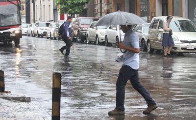 Meteorología anuncia día cálido a fresco con precipitaciones y tormentas eléctricas
