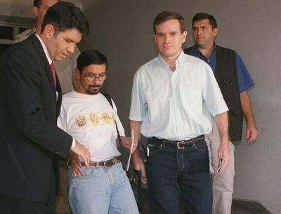 """Aguardan solo una """"decisión administrativa"""" para extradición de Arrom y Martí"""