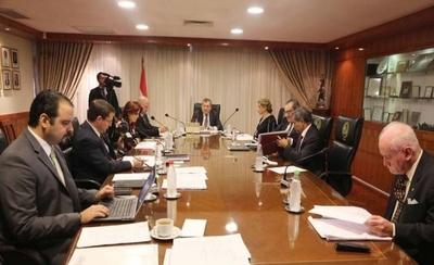 HOY / Ministros de la Corte desisten de sus pretensiones: las sesiones serán publicitadas
