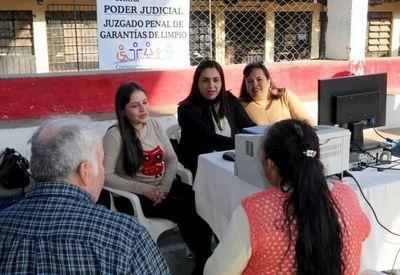 """Limpeños recibieron """"La Justicia llega a tu barrio"""""""
