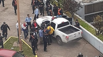 Arístides Morales y otros seis líderes taxistas, detenidos