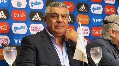 Conmebol destituyó a Tapia de la FIFA