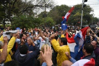 Imputan a Arístides Morales y otros dirigentes taxistas
