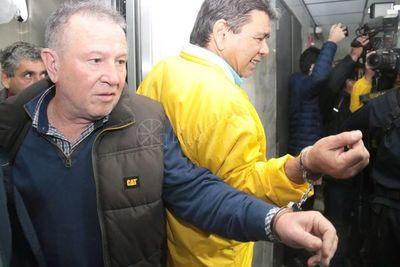 Inicia audiencia de imposición de medidas para taxistas detenidos