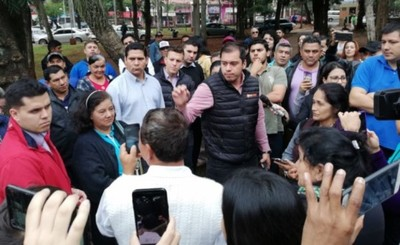 Prieto presenta proyecto de 55 empedrados por G. 7.000 millones